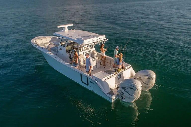 368-commander-boats